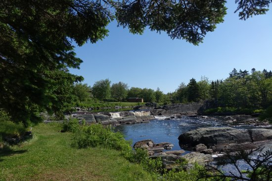 Guysborough, Canada: View of the Liscombe River in the Chalet area