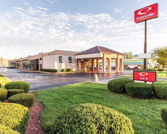 Econo Lodge & Suites Clarksville