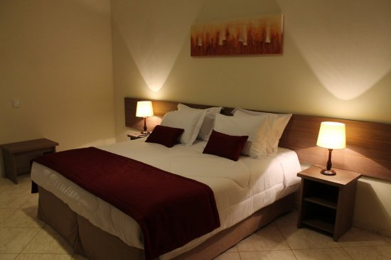 Jarinu, SP: Hotel Piramides