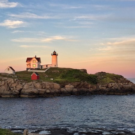 York, ME: Love it here! Every Morning on my vacation I get up at 4:45a just to catch this sunrise
