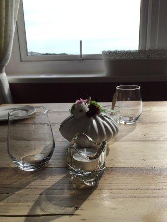 Y Felinheli, UK: Table