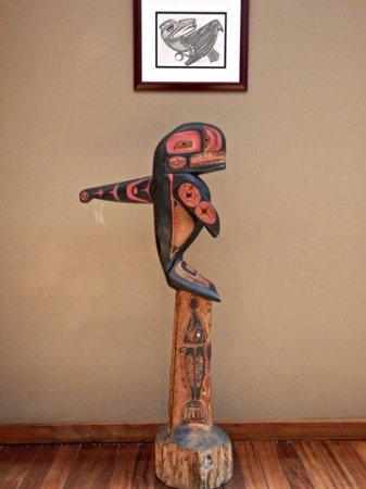 Shelton, WA: Some of the beautiful native art