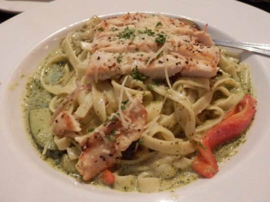 Shelton, WA: Our dining experience at Island Grille was excellent.