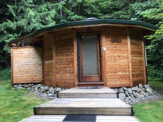 Stormking Spa At Mt. Rainier: The Raven Cabin