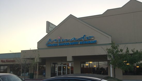 Norristown, Pensilvania: Minado Japanese Seafood Buffet Restaurant