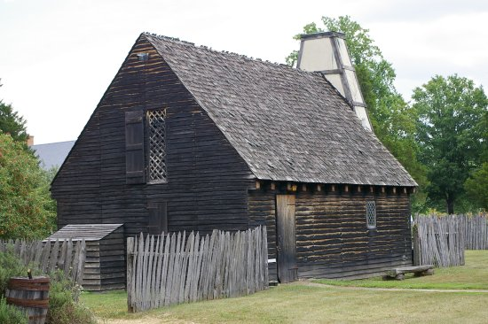 Saint Mary's City, MD : One of the typical reconstructed primitive buildings.