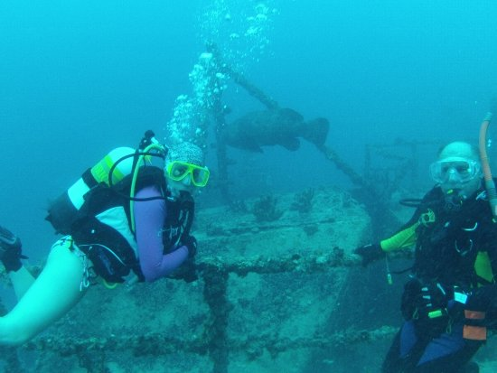 USS Spiegel Grove off Key Largo