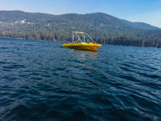 Donner Lake Village: Boating on the lake