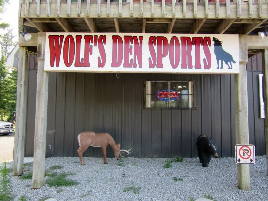 Wolf's Den Sporting Supplies
