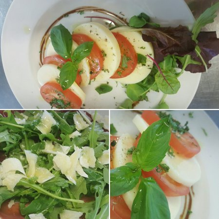 Chadderton, UK: Fresh mozzarella caprese