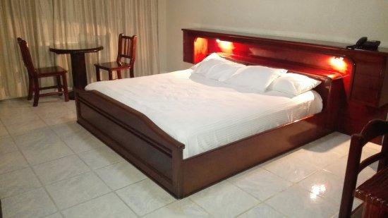 Hotel Marbrissa : IMG_20160712_190812_large.jpg