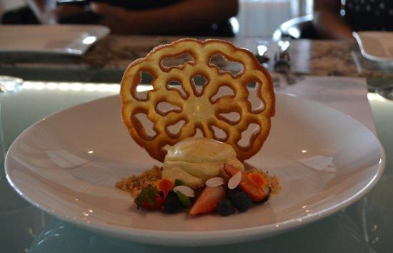 Blanca Blue Restaurant & Lounge Photo