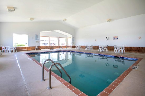 Mineral Point, WI: Pool