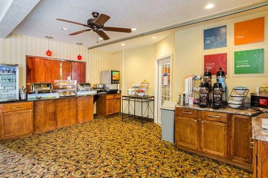 Altavista, VA: Breakfast Area