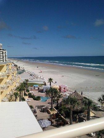 The Shores Resort & Spa: photo1.jpg