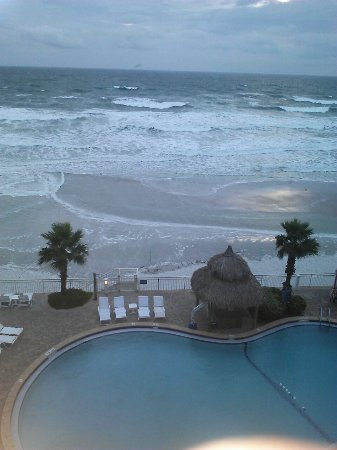 The Shores Resort & Spa: photo2.jpg