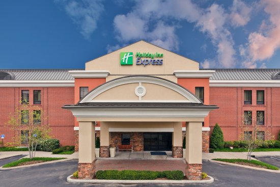 Holiday Inn Express Hotel & Suites Brentwood North-Nashville Area: Hotel Exterior
