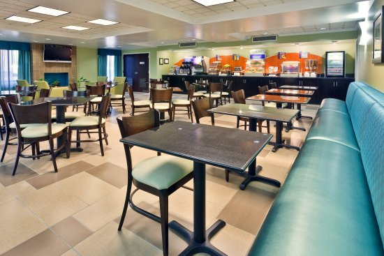 Holiday Inn Express Hotel & Suites Brentwood North-Nashville Area: Breakfast Area