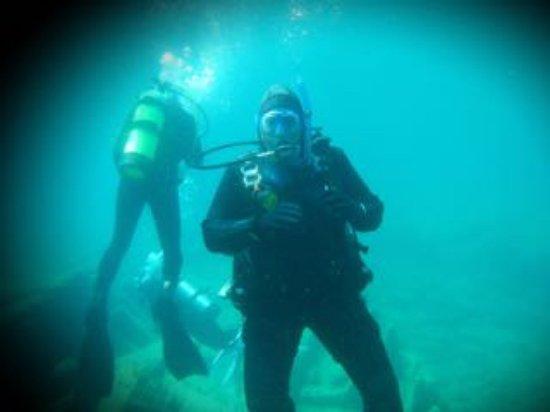 Divers Den : Diving the W. L. Wetmore