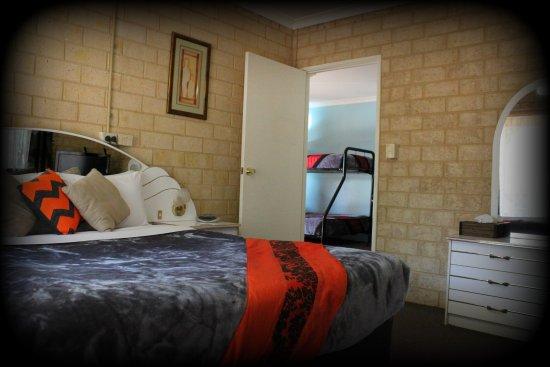 York, Australia: 2 bedroom family unit