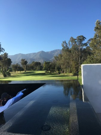 Ojai, Californie : The place is nice and beautiful if you going for relaxing or/and golfing