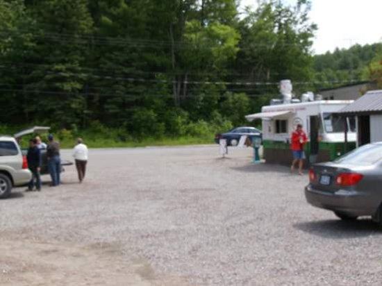Bancroft, แคนาดา: Good times at the Smokin'Chip Wagon