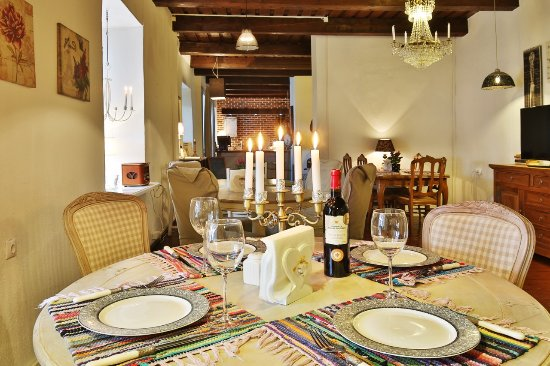 Ontika Manor Guesthouse: Dining area