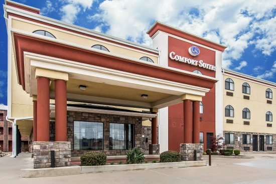 comfort suites airport on meridian updated 2017 prices hotel reviews oklahoma city. Black Bedroom Furniture Sets. Home Design Ideas