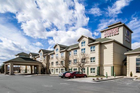 Comfort Suites Madison West: Exterior