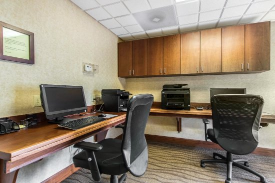 Comfort Suites Mount Vernon: Business Center