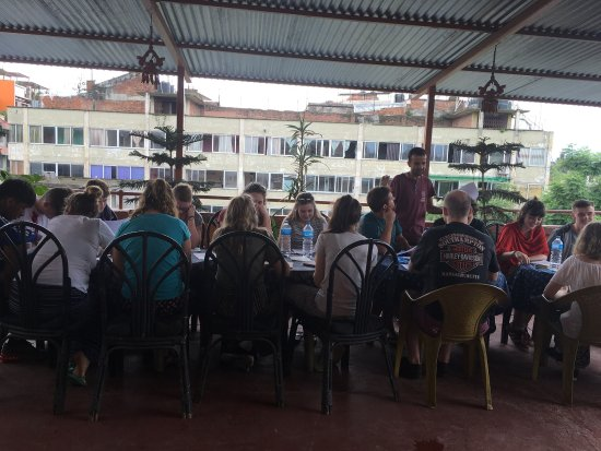 Pariwar B&B: Meeting with guest at Pariwar hotel