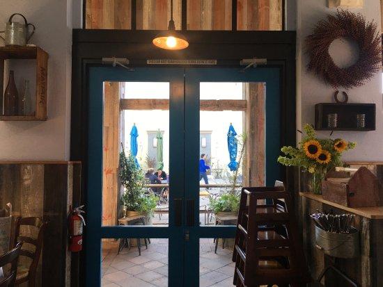 Corte Madera, CA: Blue Barn Marin