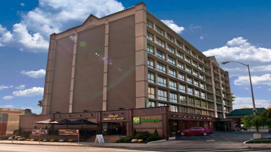 Exterior of Holiday Inn Buffalo Downtown overlooking Delaware Ave.