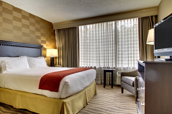 Holiday Inn Express Atlanta-Kennesaw: Queen Bed Guest Room