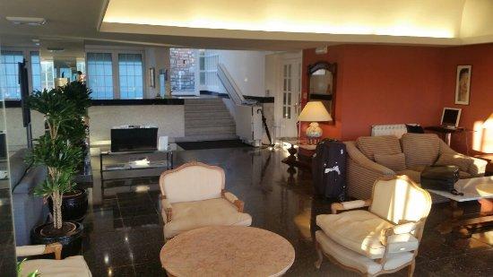 Hotel Avenida: 20160715_072157_large.jpg