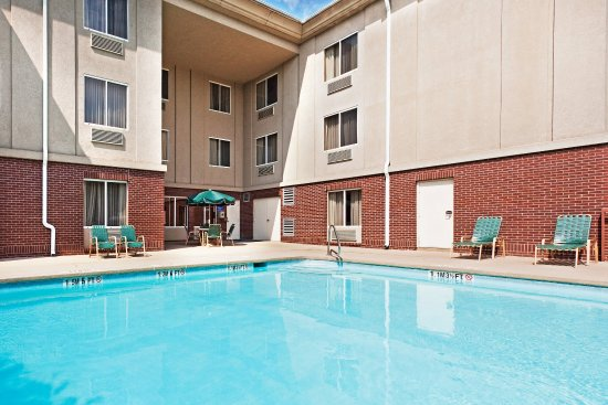 Holiday Inn Express Hotel & Suites Brevard