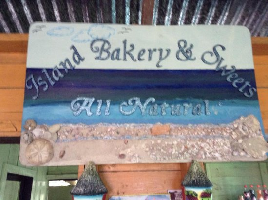 Island Bakery & Sweets : Hand made just for the bakery. (Yes, those are real shells and sand)