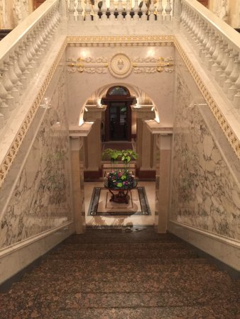 Four Seasons Hotel Lion Palace St. Petersburg: This is the main staircase of the hotel view from top