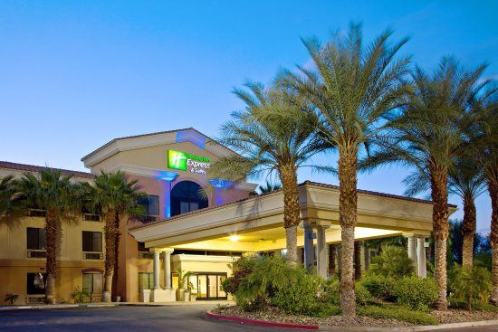Holiday Inn Express Cathedral City (Palm Springs): Hotel-Exterior