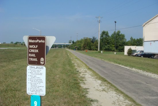 Brookville, OH: Fifteen mile Biking/Walking Path adjacent to hotel