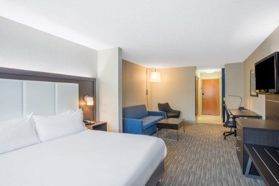 Hudson, MA: Suite