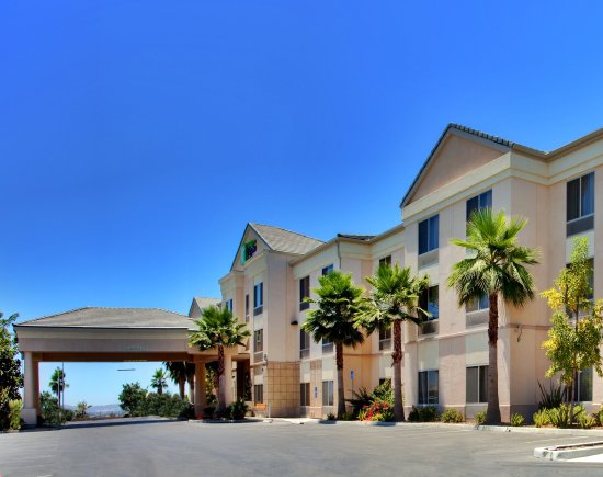 Holiday Inn Express Hotel & Suites San Diego Otay Mesa