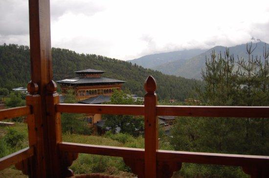 Very peaceful, beautiful surroundings, amazing spa