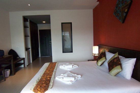 Phu-ke-ta Hotel Photo