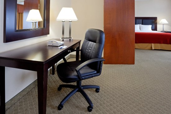 Pittston, Pensylwania: Executive Suite - from the desk