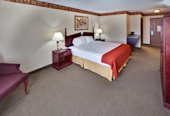 Watertown, Güney Dakota: King Bed Guest Room