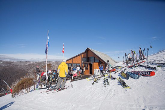 Thredbo Village, ออสเตรเลีย: Thredbo's premier ski in ski out restaurant