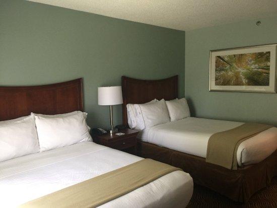 هوليداي إن اكسبرس برسلتون: Double Bed Guest Room
