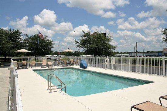 Brooksville, Flórida: Outdoor Pool