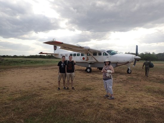 Saadani National Park, Tanzânia: The airstrip is minutes away and a Coastal Aviation is great way to visit Saadani